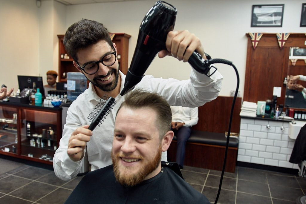 Male barbers near me
