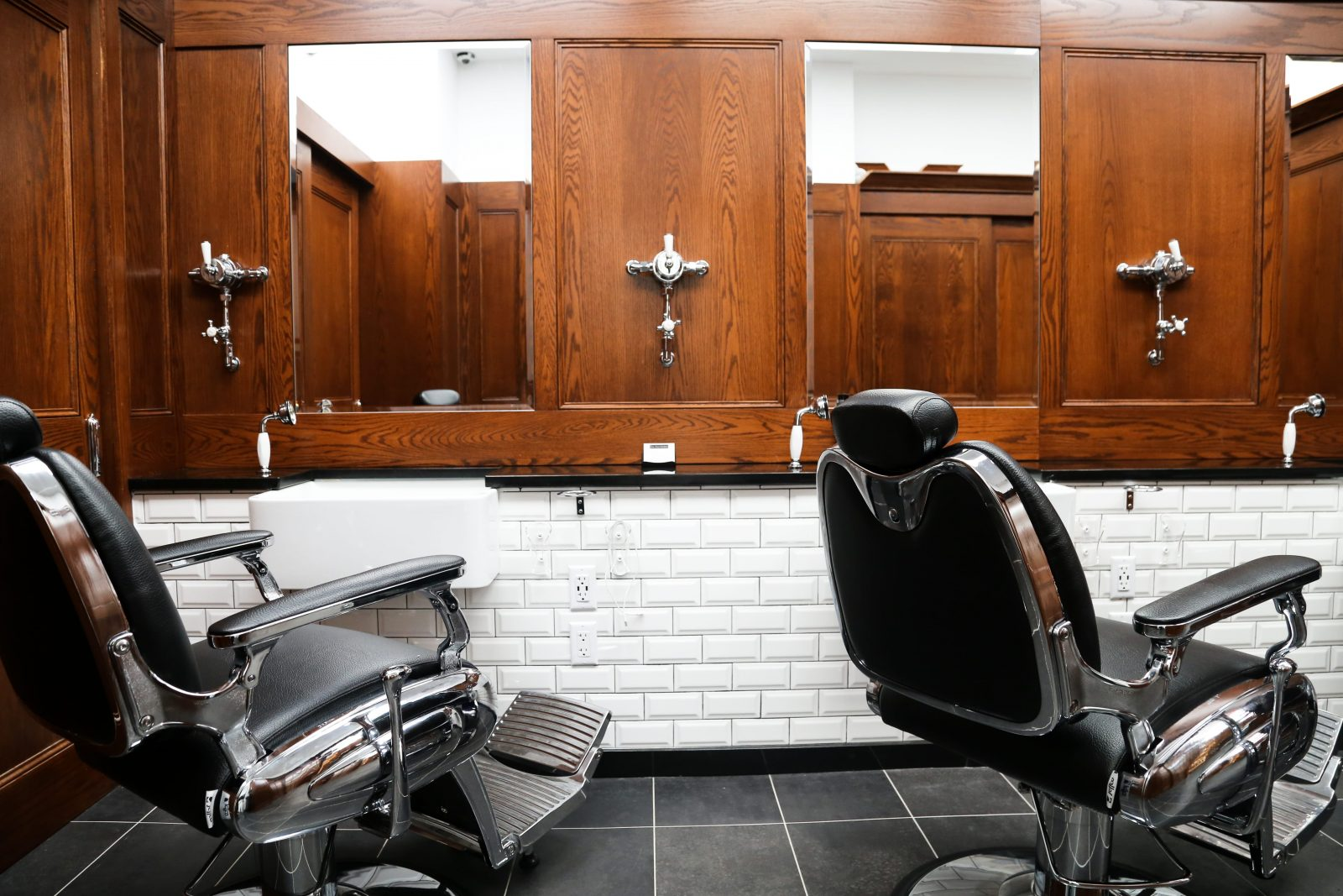 Colorist Services in NYC at Pall Mall Barbers